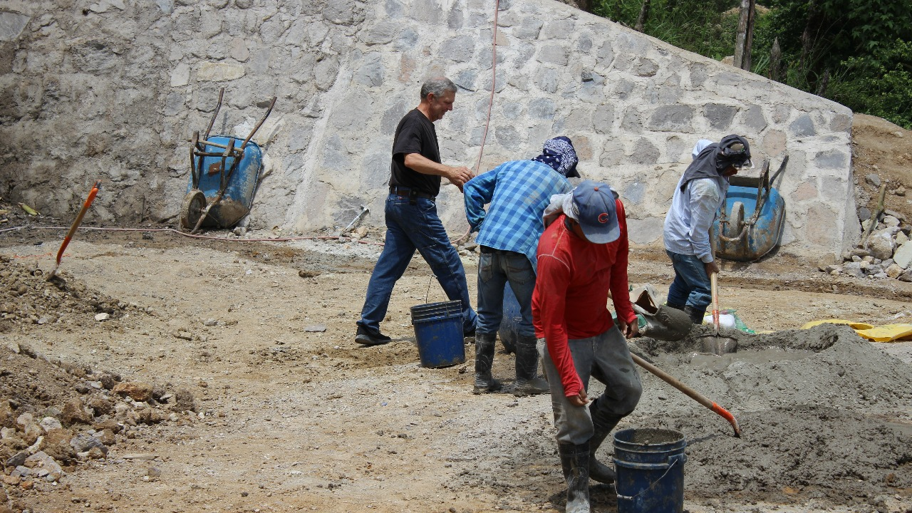 Funding construction and operating costs for a church, library and clinic in Cerro Bueno, La Paz Honduras.